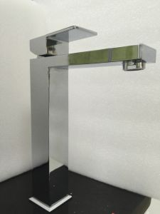 Watermark Sanitary Ware Square Bathroom Brass Chrome Tap (HD4203H) pictures & photos