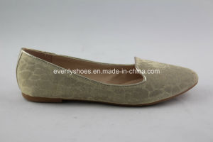 High Quality Lady′s Flat Shoes with Special Design Upper pictures & photos
