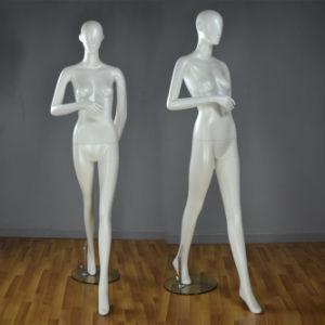 Yazi Fiberglass Female Mannequin for Window Display pictures & photos