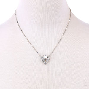Simple Elegant Short Inlaid Crystal Pendant Alloy Clavicle Necklace for Women pictures & photos