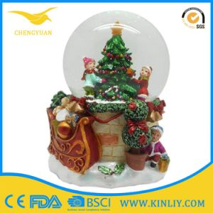 80mm Resin Glass Water Dome Snow Globe Gift for Kid pictures & photos