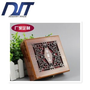 High Quality Retro Linen Customized Wooden Box for Necklace/Gift pictures & photos