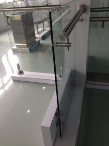 Steel and Toughened Glass Balustrade pictures & photos