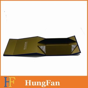China Factory Made Magnet Closure Foldable Gift Box pictures & photos