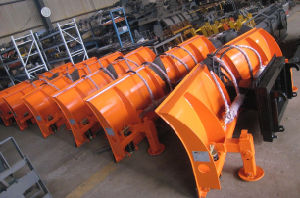 Bucket, Forks, Grapple, Blade, Sweeper, Aguer Loader Attachment for Loaders pictures & photos