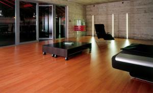 12.3mm Mirror Surface HDF Parquet Laminate Flooring AC3 U Groove E1 pictures & photos