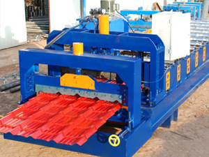 Popular Glazed Tile Roll Forming Machine