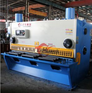 Optional Color QC11k Hydraulic Guillotine Shear pictures & photos