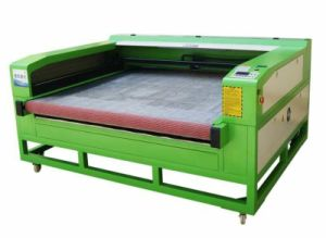 Automatic Feed Laser Cutting and Engraving Machine Used for Cutting Cloth Sofa pictures & photos