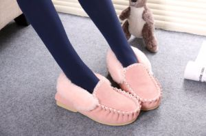 Fashion Pink Lady Casual Shoes in Winter pictures & photos