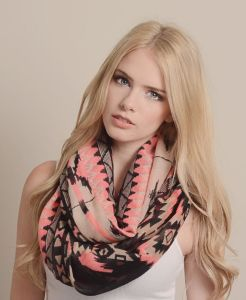 Different Colors Available Digital Print Custom Design Sheer Chiffon Viscose Cotton Scarf pictures & photos