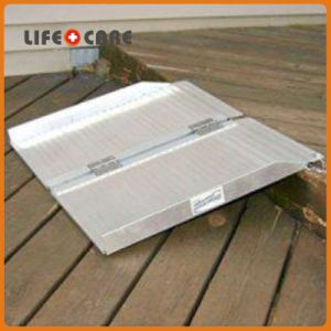 Folded Aluminum Wheelchair Ramp for Disabled pictures & photos