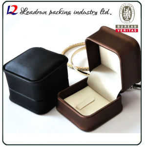 Leather Velvet Jewelry Storage Box Jewellery Ring Packing Gift Box (Ys309) pictures & photos