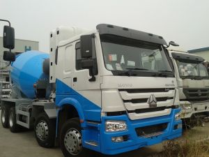 HOWO 8 Cbu Concrete Mixer Truck pictures & photos