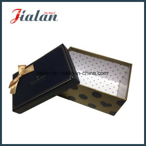Custom Printed Wholesale Birthday Gift Packaging Paper Boxes with Bows pictures & photos