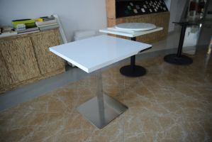 Modern Style Artificial Marblre Corian Restaurant Coffee Table pictures & photos