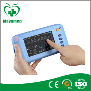 My-C001 Health Care Handheld Monitor for Patient Monitoring pictures & photos