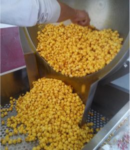 120kg/H Puffed Corn Snack Machine Exporter pictures & photos