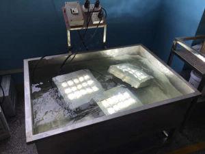 ETL RoHS TUV Ce Approved 150W LED Flood Light for Aquarium pictures & photos