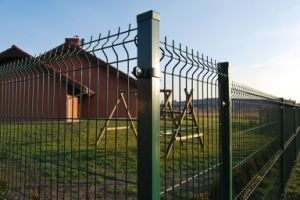Powder Coating Curved Wire Mesh Fence pictures & photos