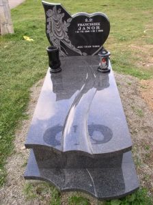 Natural Stone Granite Tombstone
