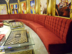 Hot Sale Royal Design Karaoke Sofa (KTV124-1) pictures & photos