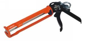 High Quality Heavy Duty Type Caulking Gun (SG-004) pictures & photos