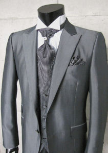 Mens Fashion Design Wedding Suit for Groom Made to Measure Business Men′s Suits pictures & photos