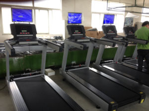 Ce Approved Commmercial Treadmill (SK-482T) pictures & photos