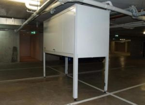 Metal Car Storage Cabinet in Shenzhen Factory pictures & photos