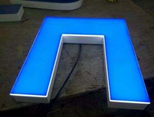 Spray Paint Stainless 3D Sign Steel Wooden Color Fashion LED Backlit Channel Letter Sign pictures & photos