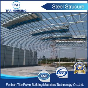 Prefabricated Steel Structure Warehouse Installation on Concrete Floor pictures & photos