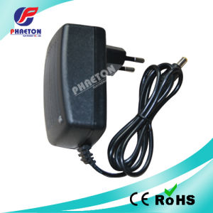 DC Plug Adaptor 12V 1A pictures & photos