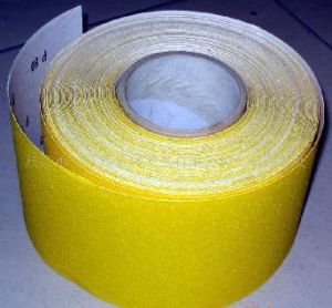 Aluminium Oxide Abrasive Paper Roll pictures & photos