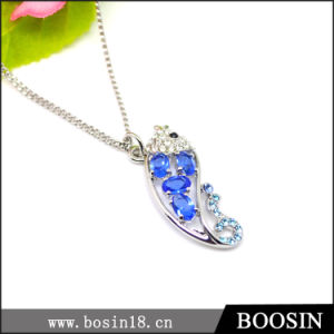 2016 New Arrival Handmade Fish Crystal Necklace #19670 pictures & photos