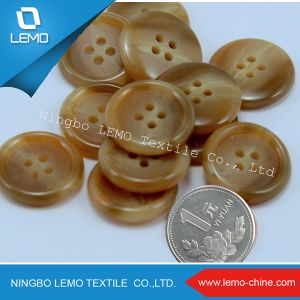 2holes Imitation Horn Resin/Polyester Button pictures & photos