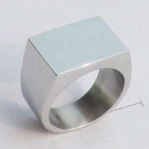Polished Stainless Steel Band Biker Men′s Signet Ring pictures & photos