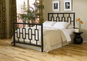 Metal Bed with Powder Coating Painting pictures & photos
