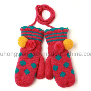 Warm Knitting Acrylic Gloves & Mittens with Embroidery pictures & photos