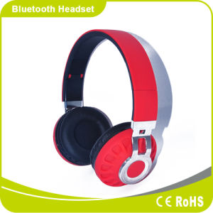 Fashion Foldable High Sound Quality Solution with SD Card Set Leisure Bluetooth Headphone pictures & photos