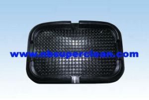 Magic Anti Slip Car Pad Mat Non Slip Dashboard Brake Pad (CN2930) pictures & photos