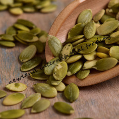 Shine Skin Pumpkin Seed Kernels with Quality AA and Organic for Bakery pictures & photos