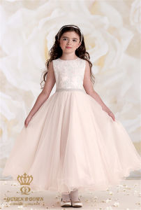 2015 New Small Wedding Flower Girl Dress pictures & photos