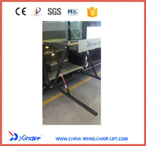 Electric & Hydraulic Scissor Wheelchair Lift Table for Bus (WL-UVL) pictures & photos