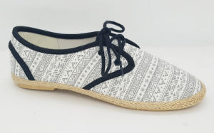 Women′s Casual Espadrille Sneakers with Lace up Shoes pictures & photos