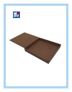 Small Plain Eco-Friendly Natural Kraft Paper Cardboard Box pictures & photos