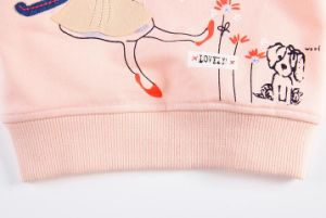 2017 Girl Flower Printing Fleece Hoodies in Children Clothes Sq-17103 pictures & photos
