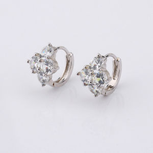 White Gold Plated Round White Crystal Attractive Huggie Earrings Women pictures & photos