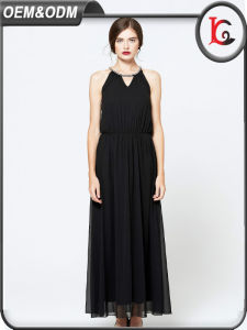 2017 Black Chiffon Long Maxi Evening Dress Sexy Halter Women Sexy Dresses pictures & photos