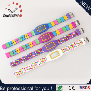 New Style Promotion Wristwatch Silicone LED Digital Watch pictures & photos